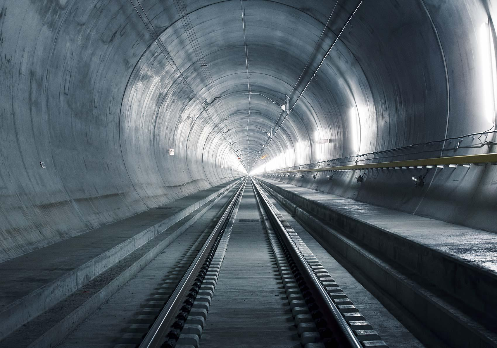 parallax_story_8_tunnelsystem